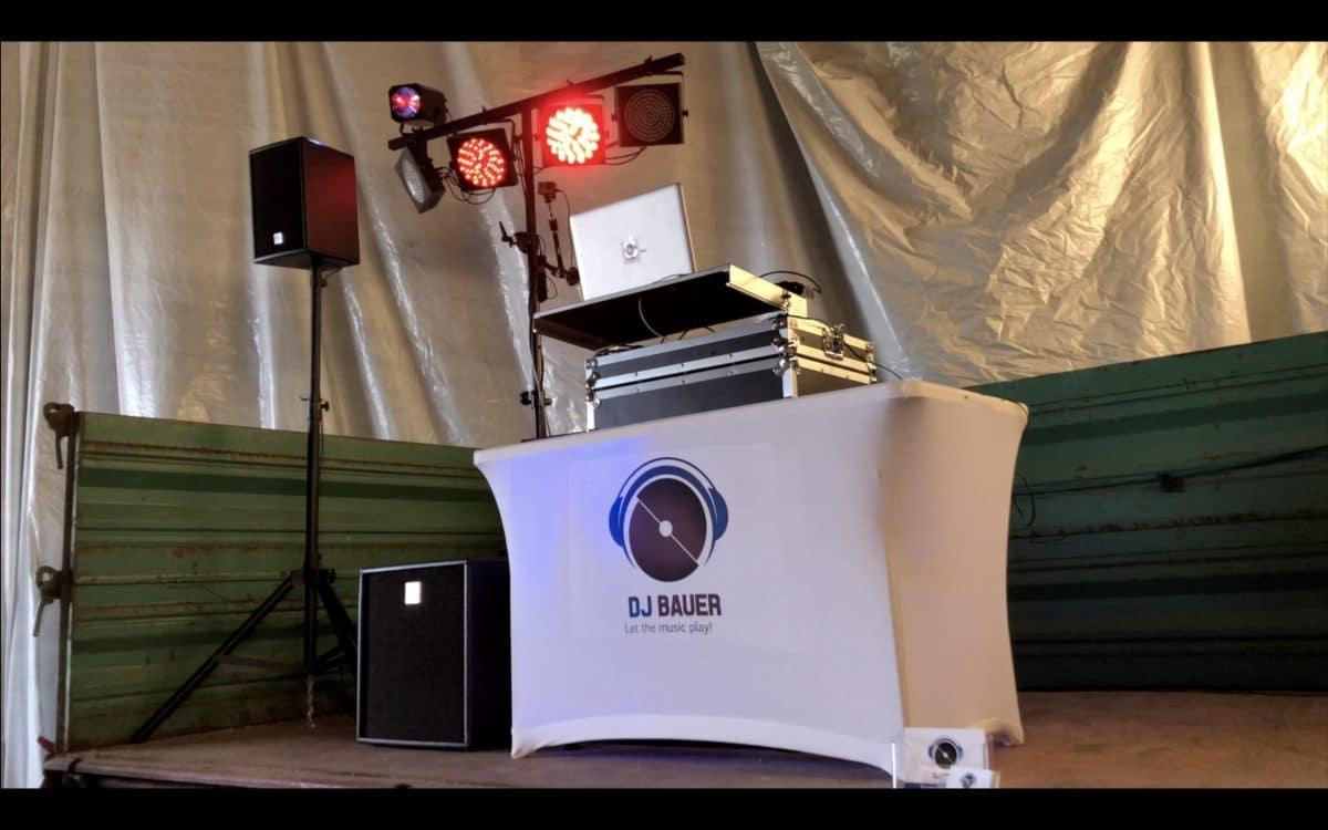 Jahresrückblick Aufbau der Fotobox und DJ Stand